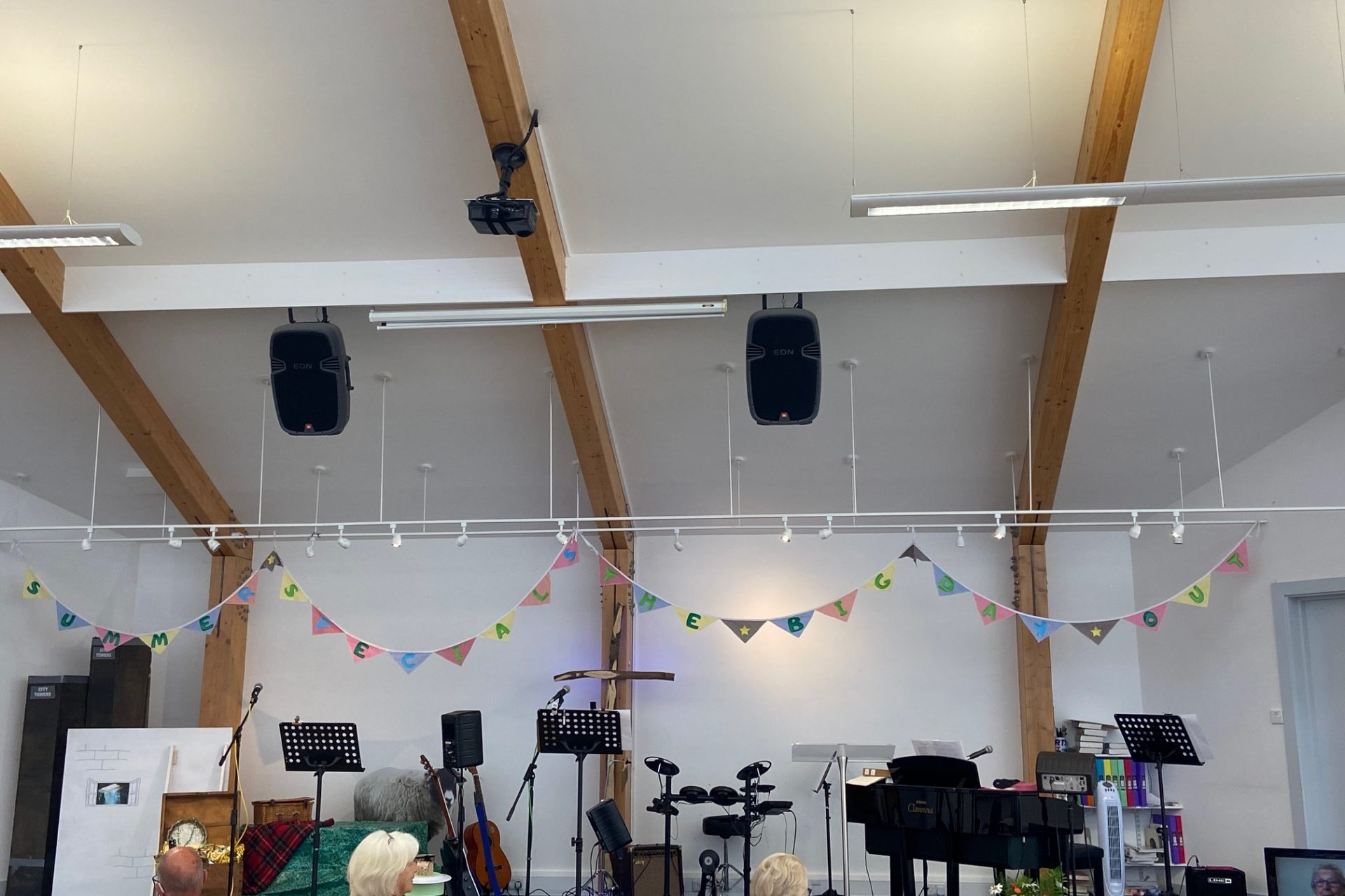 Love the bunting! Thank you Mary for making it
